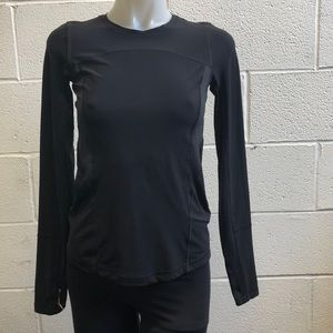 Lululemon black LS top, sz 2, 61773